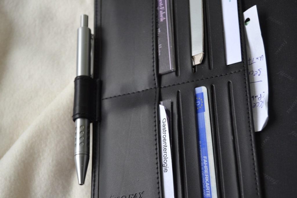Filofax Metropol Organizer: Kartenfächer und Stiftschlaufe