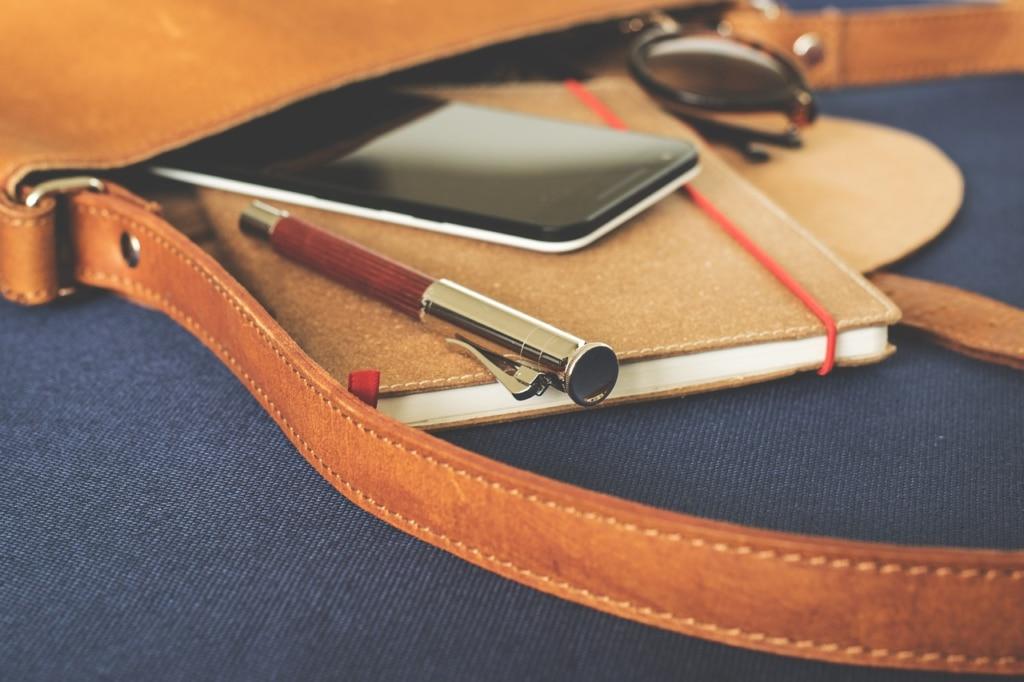 Personalisierter Terminplaner Leder in der Tasche